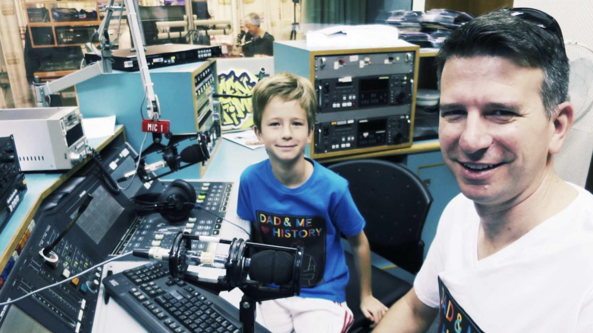 Dad & Me Love History kids podcast