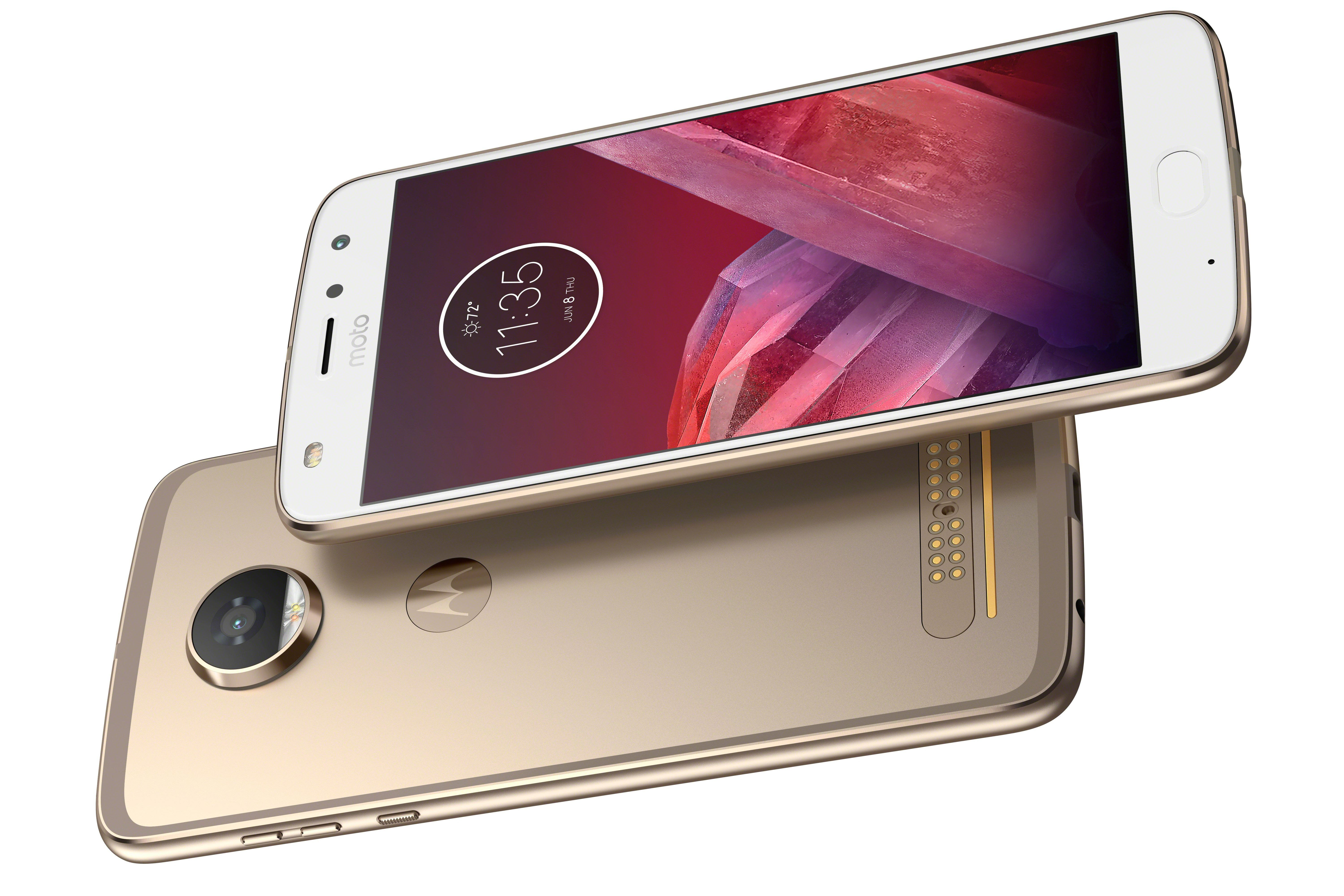 Moto Z2 Play front/back