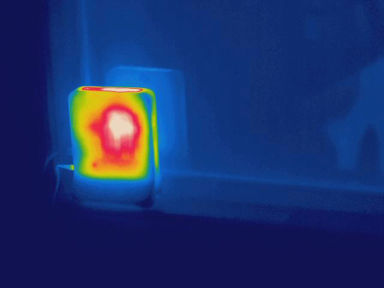 Thermo image of a wireless router