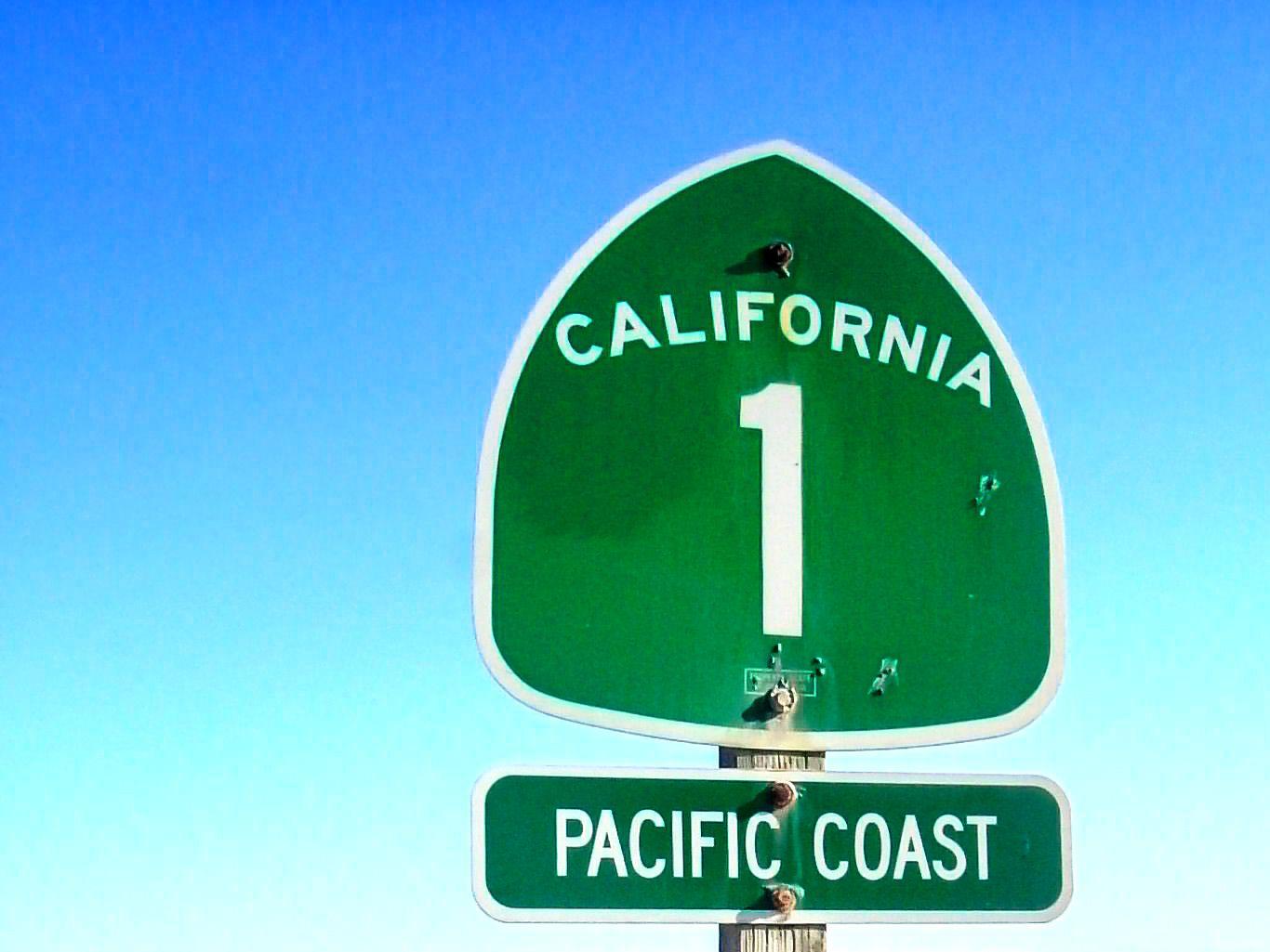 California 1 highway sign
