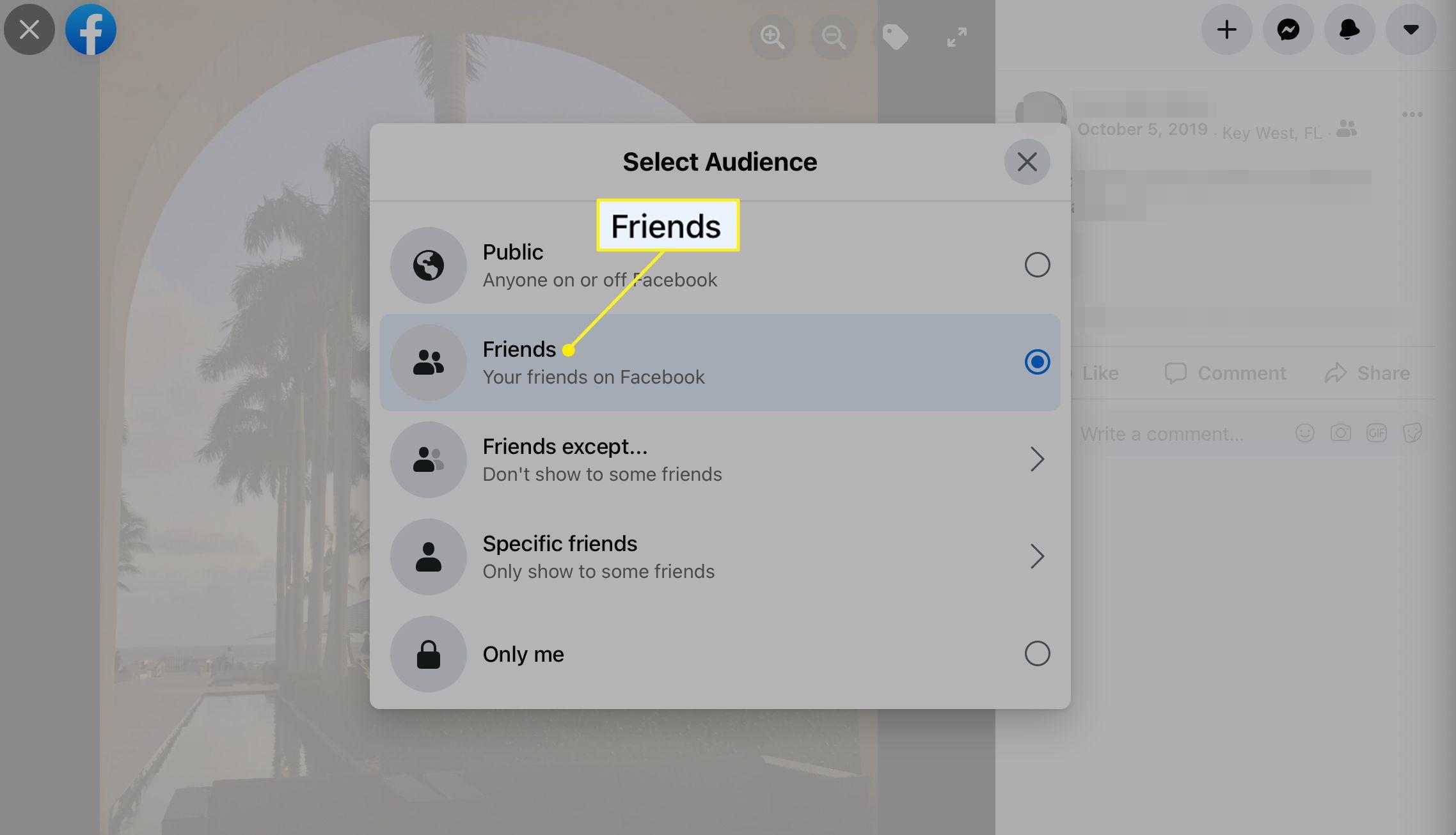 The Select Audience pop-up menu in Facebook