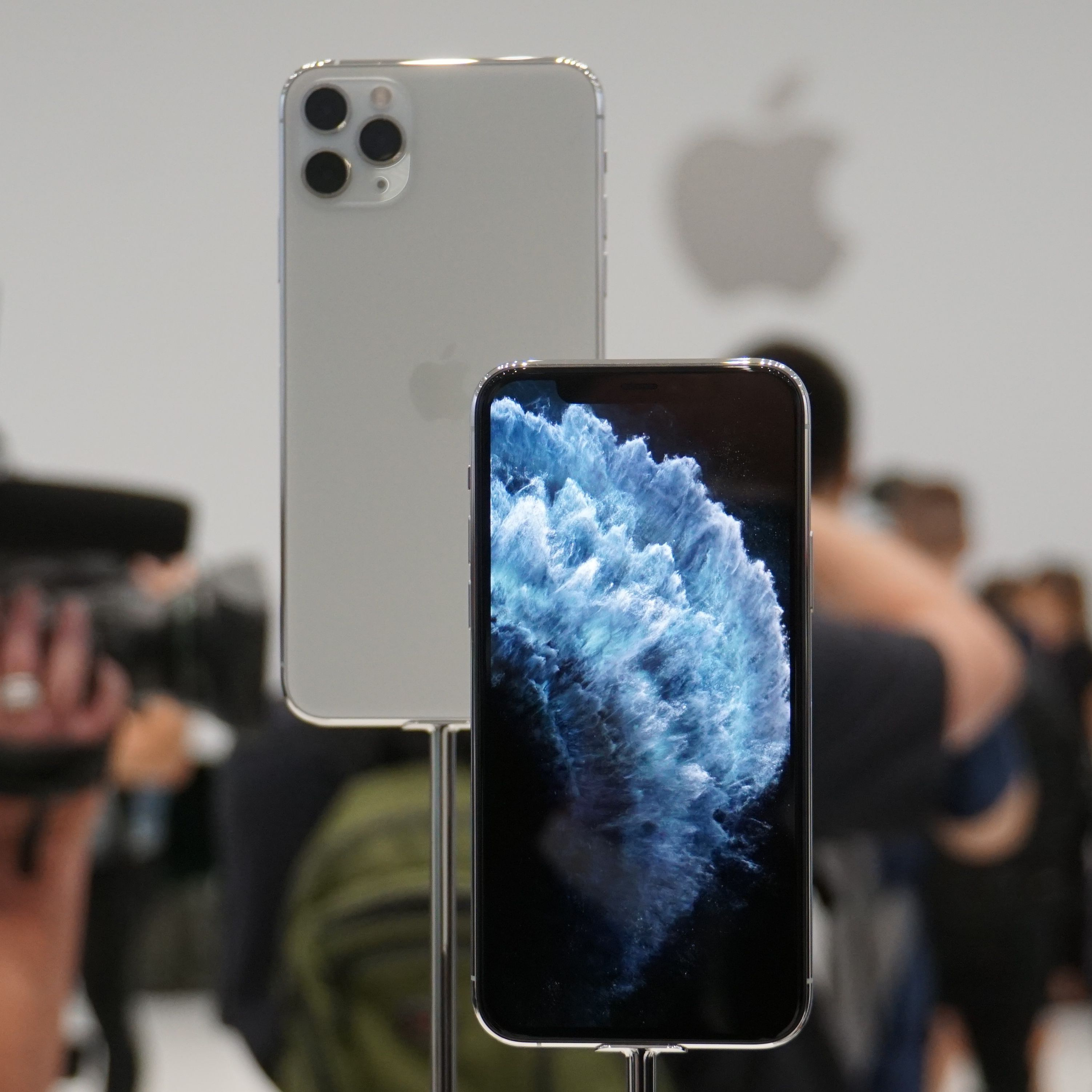 Hands On the Apple iPhone 11 and iPhone 11 Pro