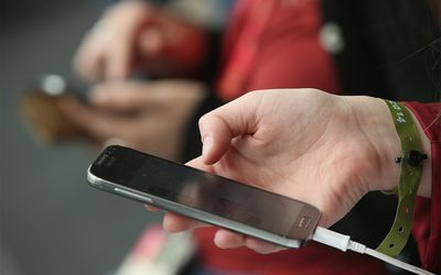 Do You Need to Worry About iPhone Viruses?