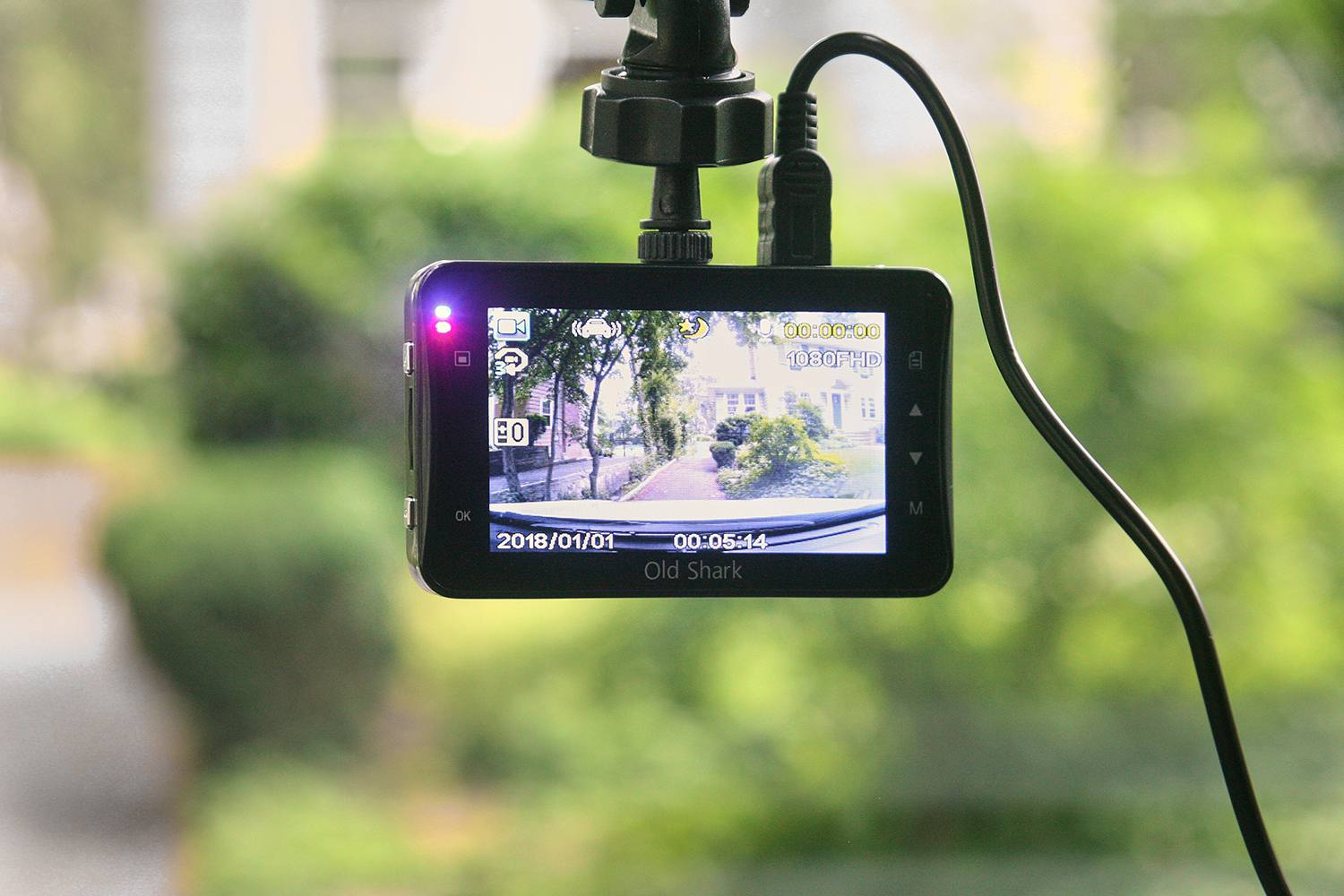 In Car Camera >> The 8 Best Dash Cams Of 2019