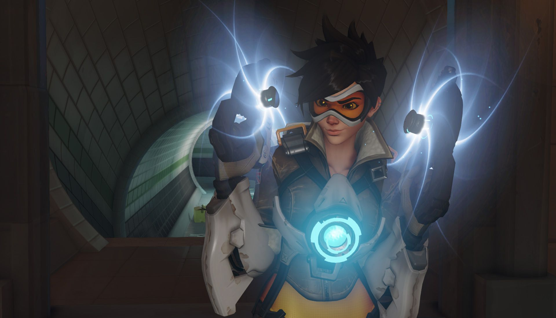 Tracer showing off her guns!