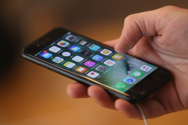 49019bd6fcd What You Need to Know About the True Cost of an iPhone
