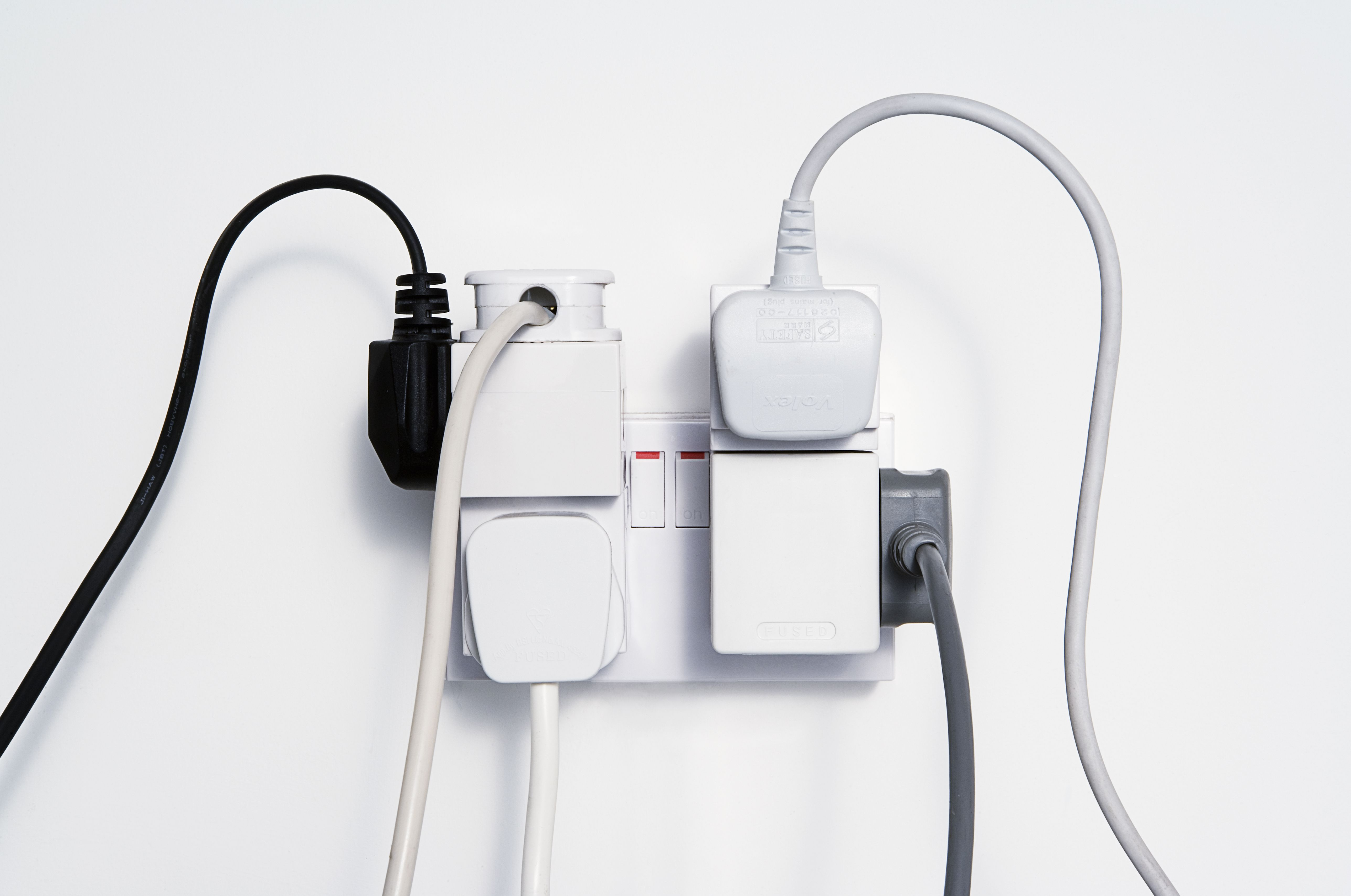 International Power Adapters What You Need To Know Wiring Up A 110v Plug