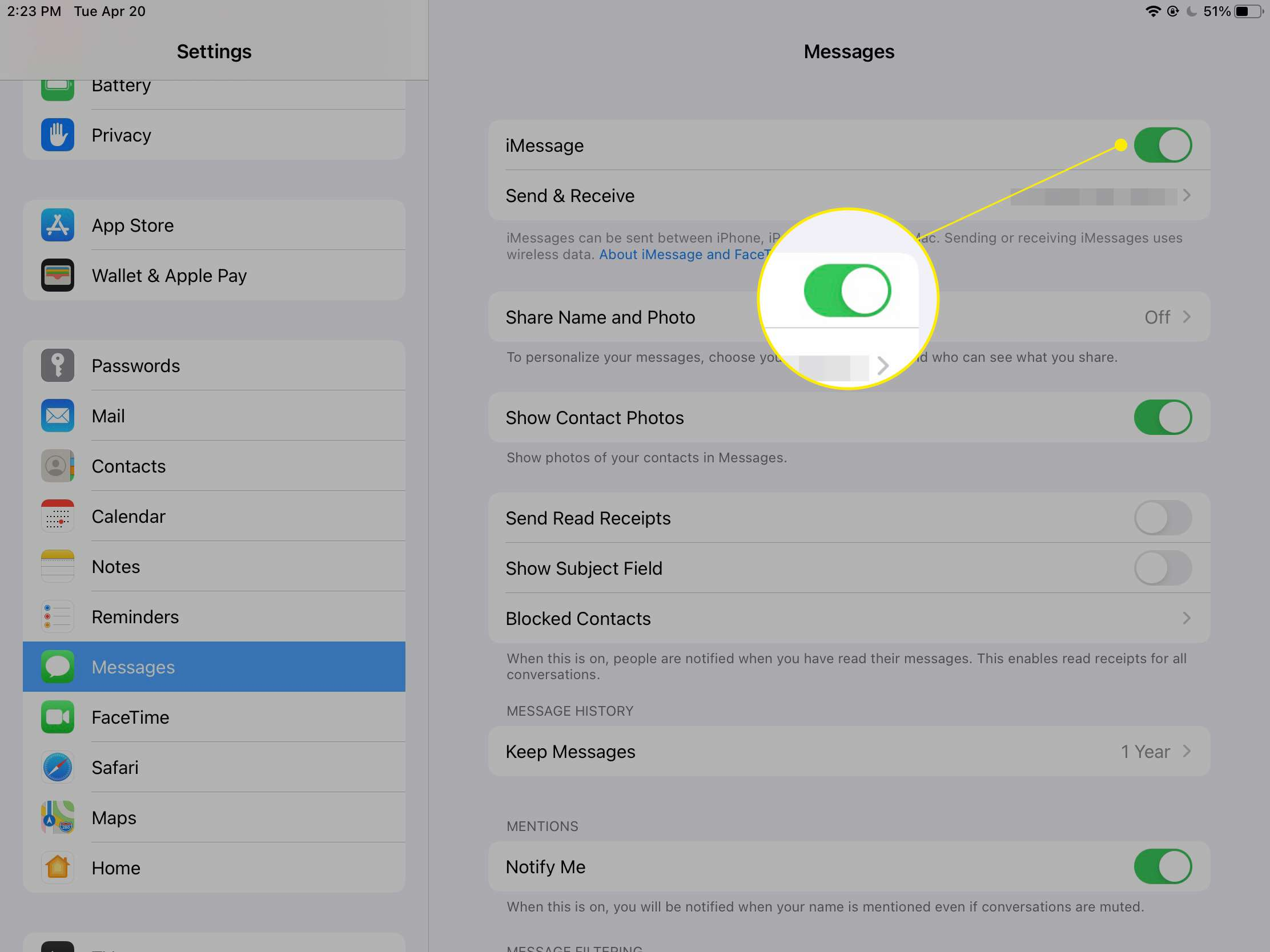 iMessage toggled on in settings with green slider highlighted