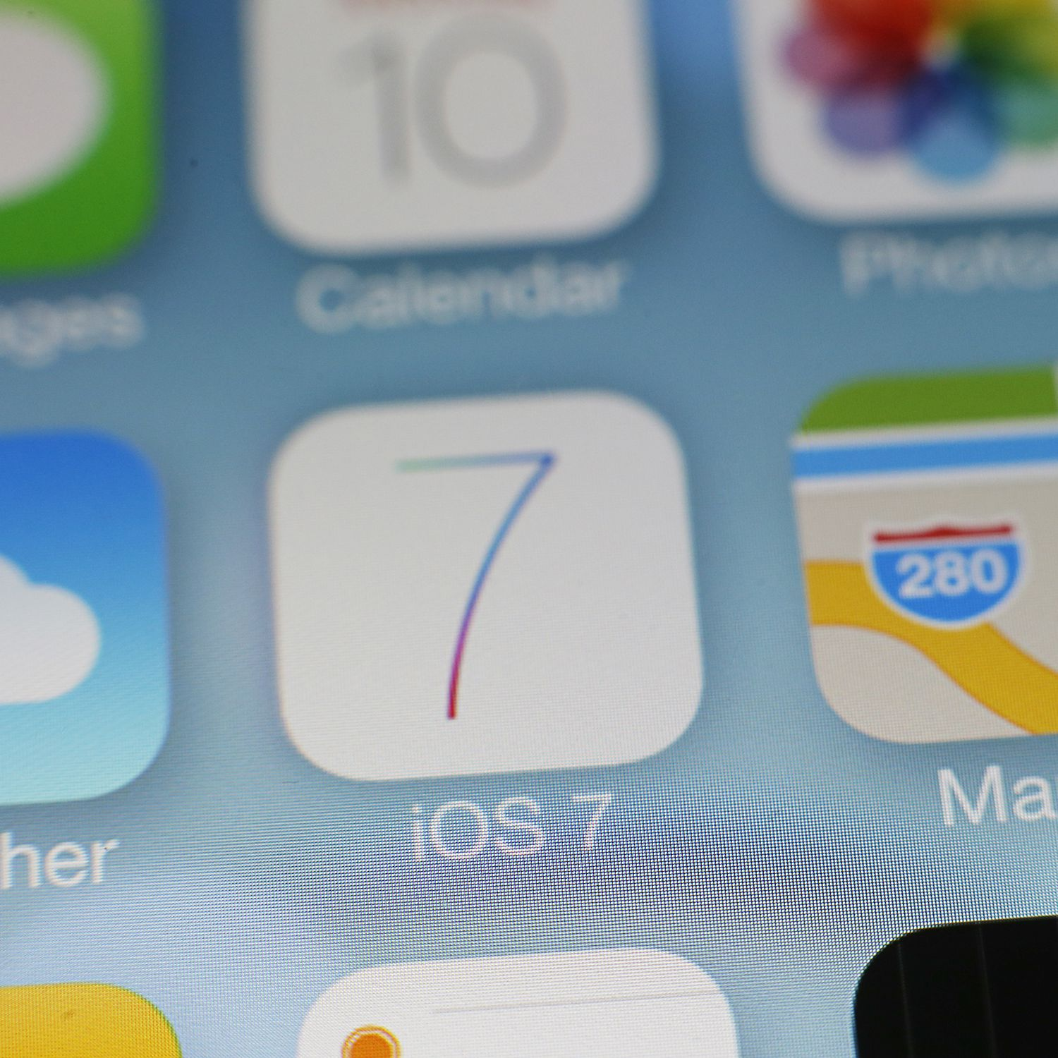 Can You Downgrade From iOS 7 and Return to iOS 6?