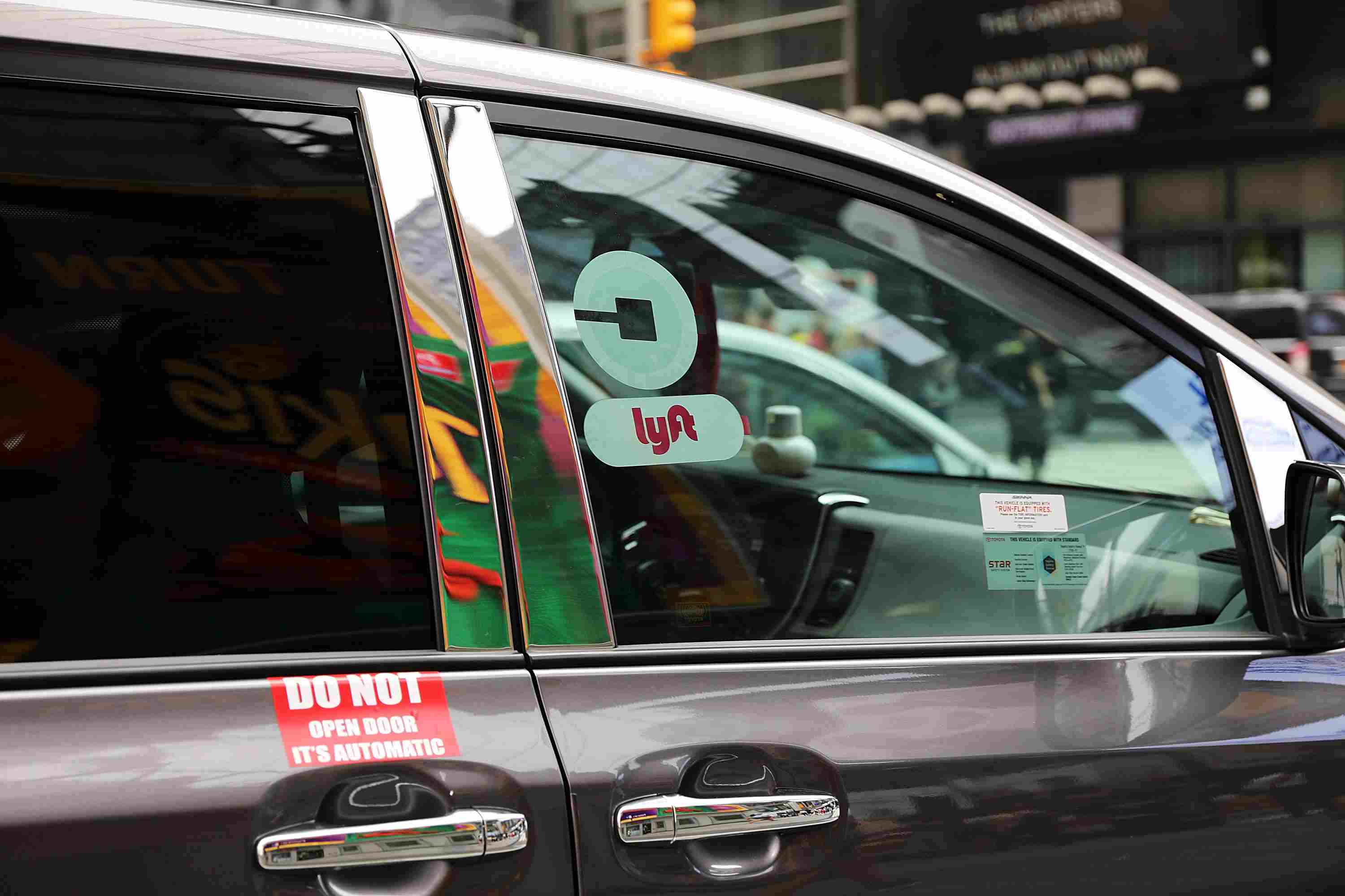 do lyft drivers know how much you tip