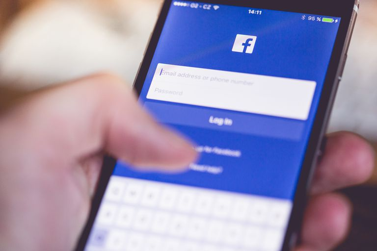 Using facebook on smartphone