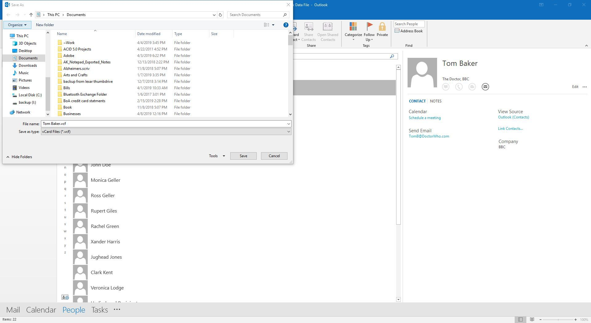 Saving a contact as a VCF file in Outlook