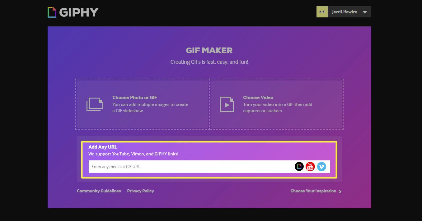 The URL field on the Giphy GIF Maker.