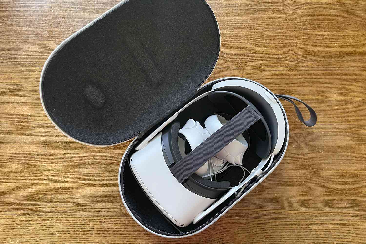 Oculus Quest 2 Elite Strap With Battery and Carrying Case