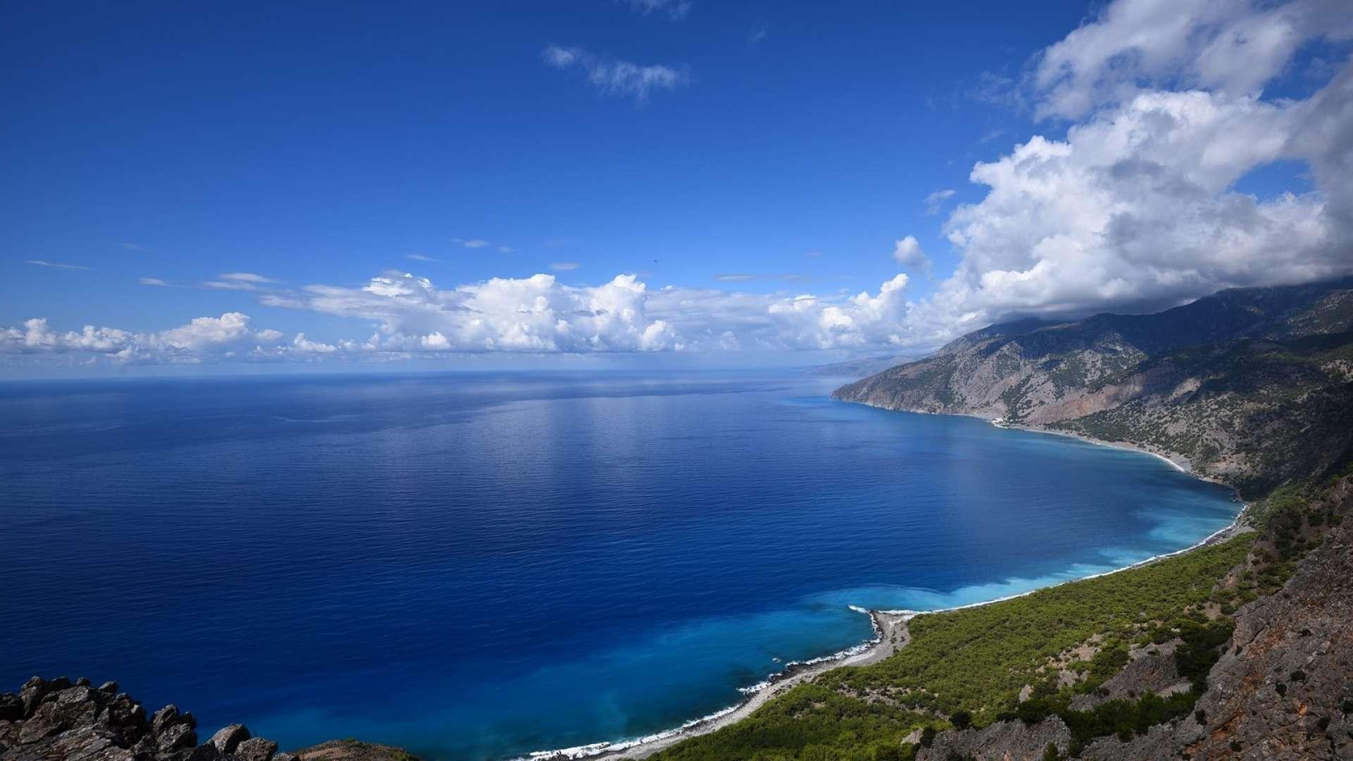 An ocean meeting rocky mountains