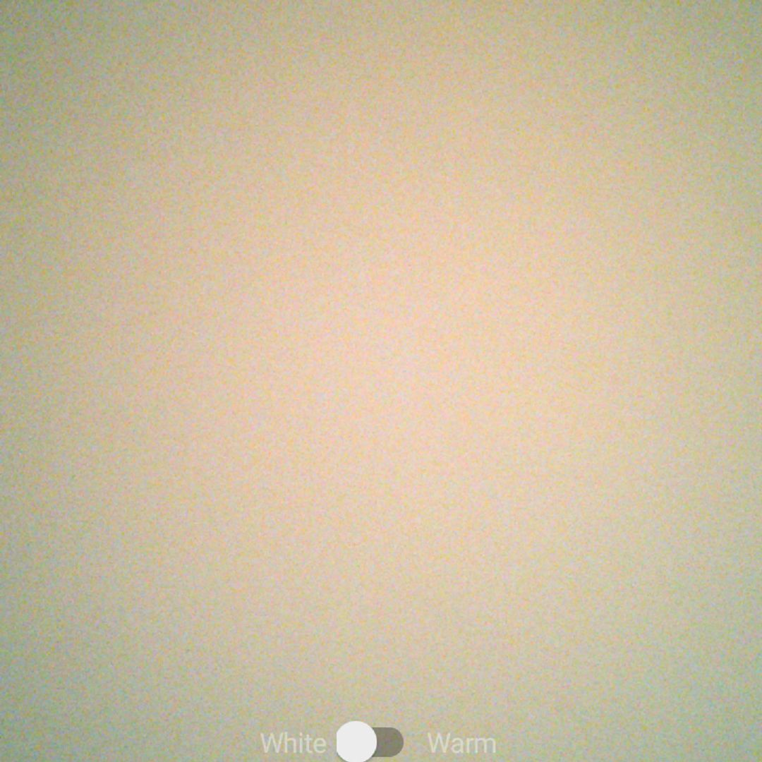 51987246e252 A screenshot of the Selfie Master app s main screen on an Android phone.
