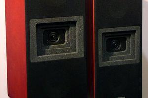 Lipinski speakers on stands