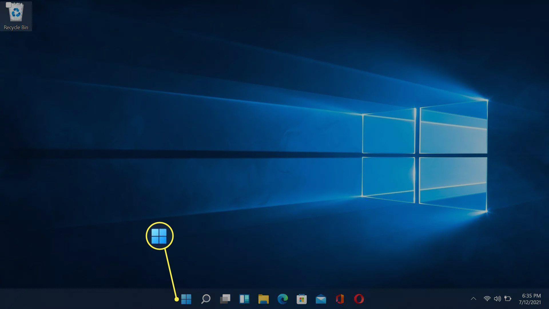 The Windows icon highlighted on the Window 11 taskbar