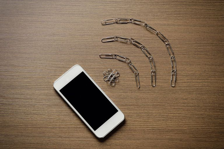 Wireless LAN represented by paperclips and smartphone