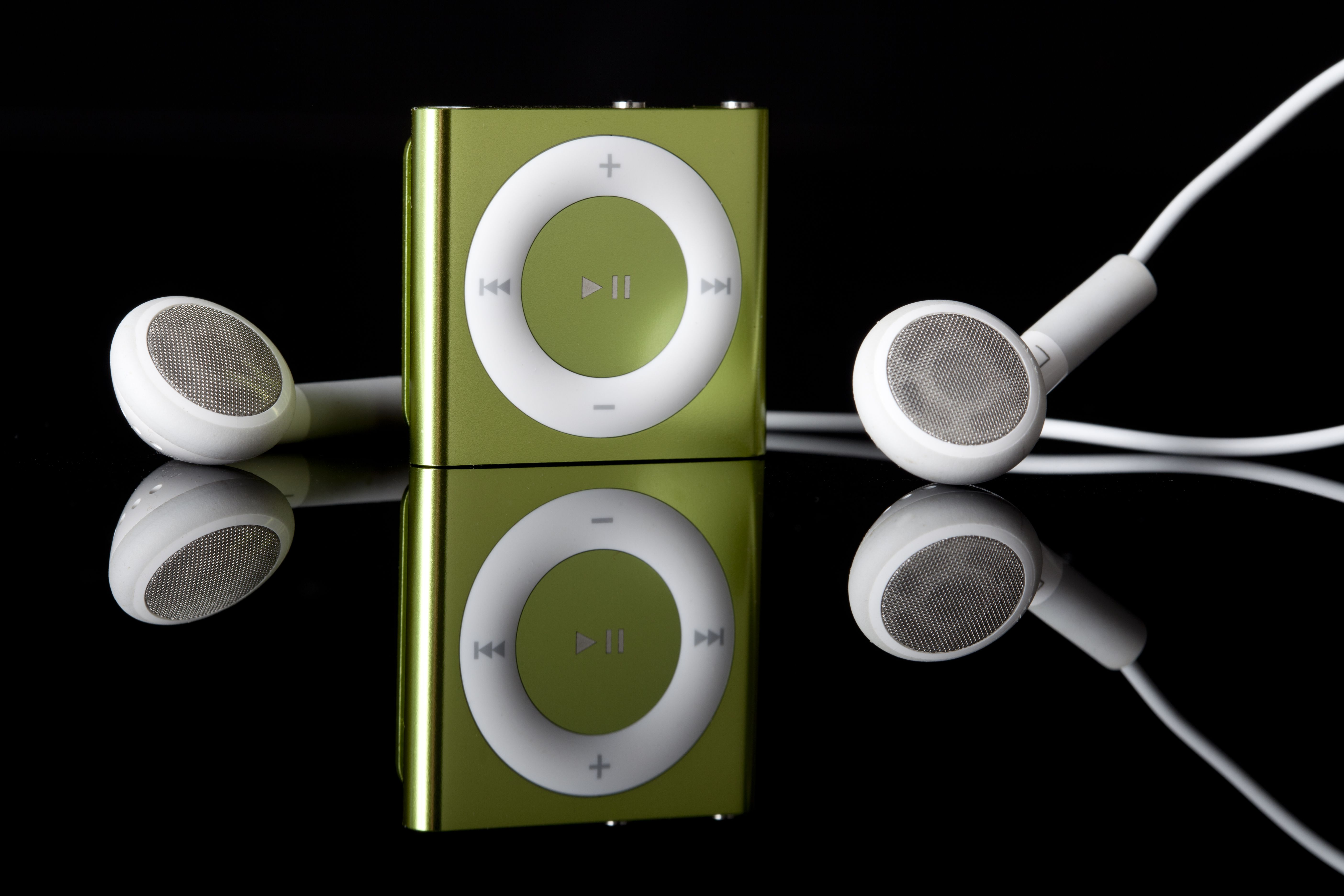 Everything You Need to Know About Every iPod Shuffle